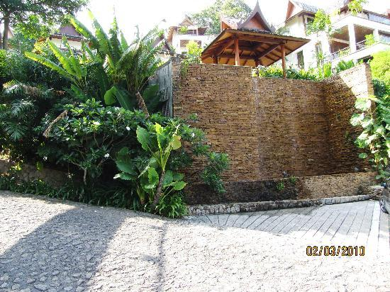 Ayara Hilltops Resort and Spa Surin Beach: cascade