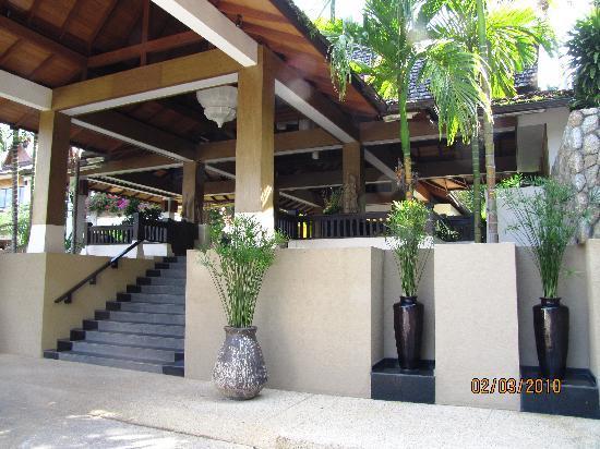 Ayara Hilltops Resort and Spa Surin Beach: lobby