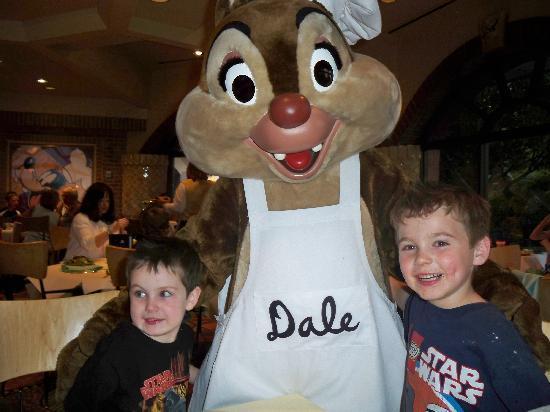 Disney's Paradise Pier Hotel: Meeting Dale