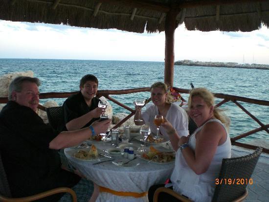 Hotel Marina El Cid Spa & Beach Resort: Family Time