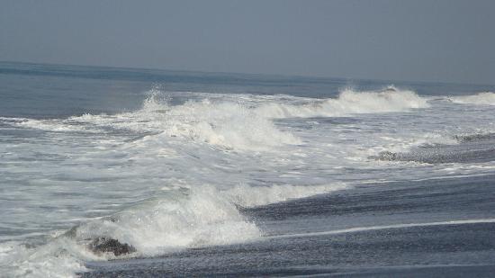 Dos Mundos Pacifico: beach