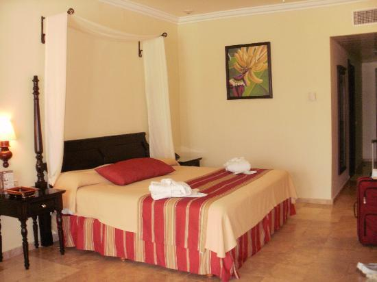 Grand Palladium Lady Hamilton Resort & Spa: Our room.