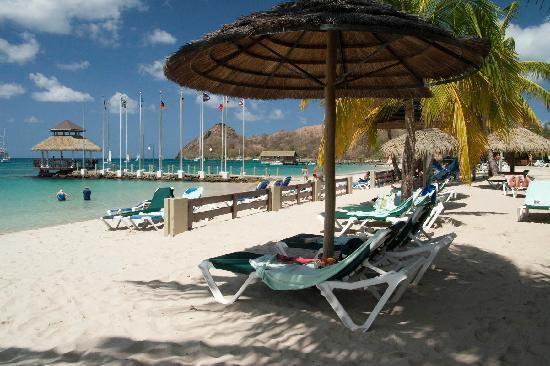 Sandals Grande St. Lucian Spa & Beach Resort: Our quiet spot on the beach