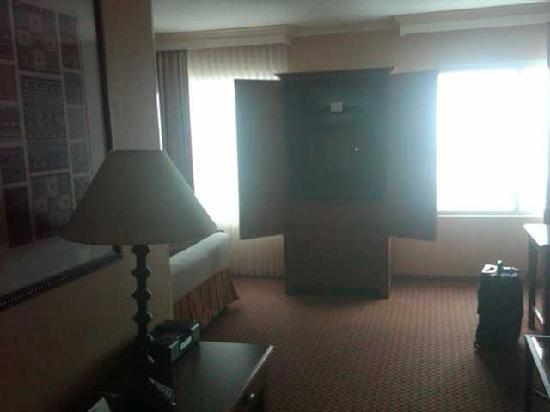 Renaissance Boulder Flatiron Hotel: Walking in