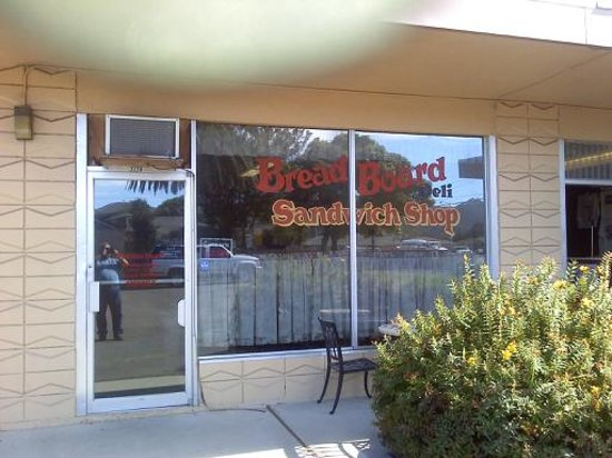 Lompoc, Kalifornia: The Bread Board Deli