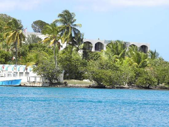 Hotel on the Cay: View of the hotel from town