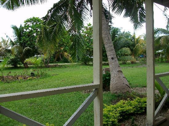 Taumesina Hideaway: View from my fale
