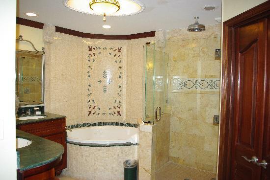Sandals Grande Antigua Resort & Spa: bathroom