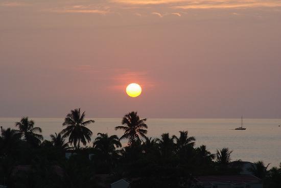 Sandals Grande Antigua Resort & Spa: sunset