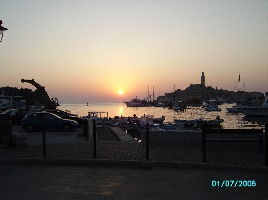Hotel Eden: Sun Set over Rovinji
