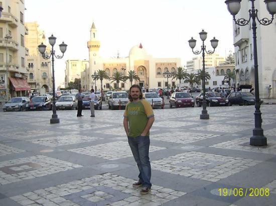 Grande Mosquee : En islek caddesi bu.... Baskada yok zaten....