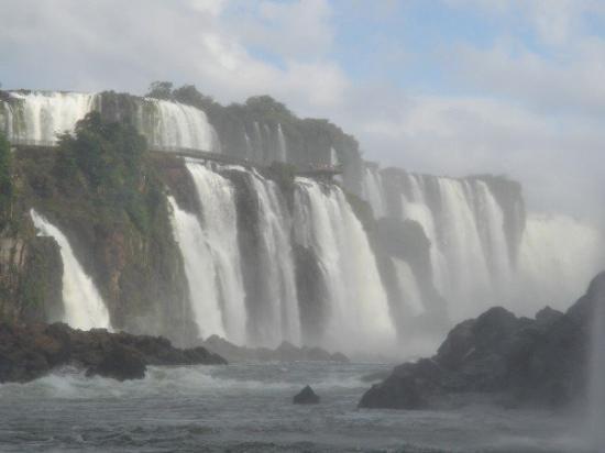 Foz do Iguacu: Les chutes Iguazu, à la frontière de l'Argentine, du Brésil et du Paraguay