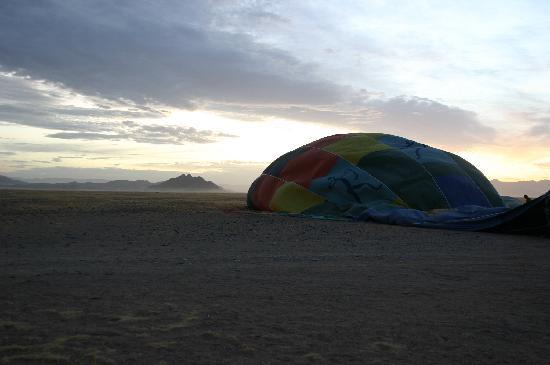 Namib Sky Balloon Safaris: Décollage iminent