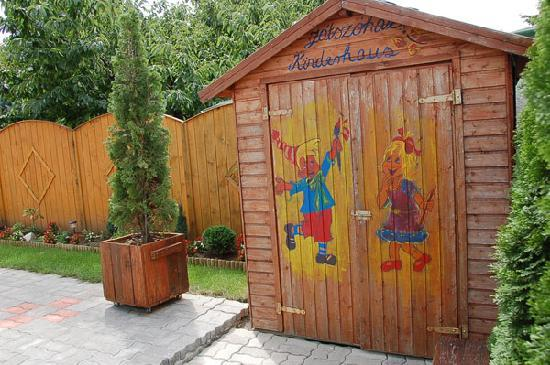 Brigitte's Guesthouse and Apartments: Children house
