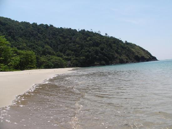 LaLaanta Hideaway Resort: spiaggia dell'albergo