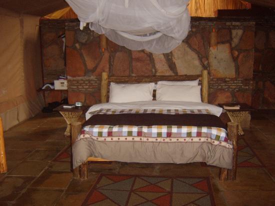 Sentrim Mara Camp : Inside the tent