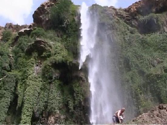 Azrou, Morocco: Cascade climb just for fun