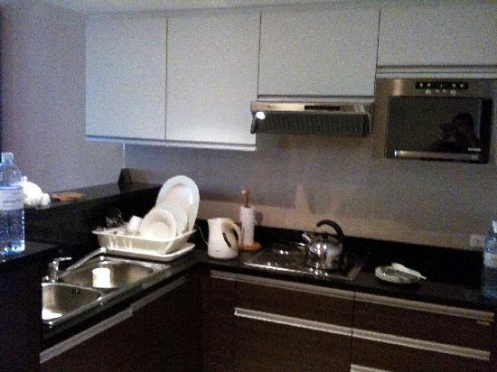 Marriott's Mai Khao Beach - Phuket: Well-equipped kitchen