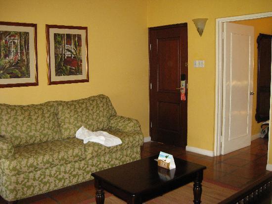 Sandals Ochi Beach Resort: Villa living area
