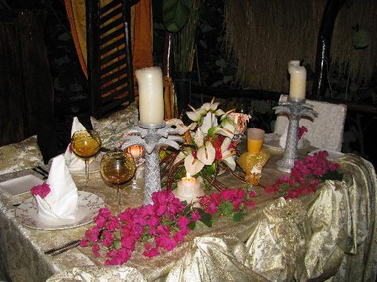 Crystals St Lucia: Our beautiful table setting