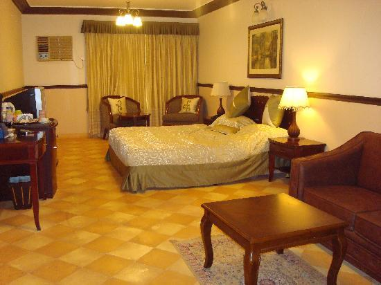 Citrus Chambers Mahabaleshwar: Deluxe room