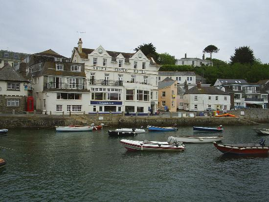 The Ship and Castle Hotel: St Mawes Harbour
