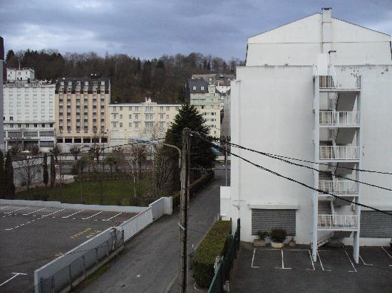 Hotel du Petit Languedoc: Vista dalla camera