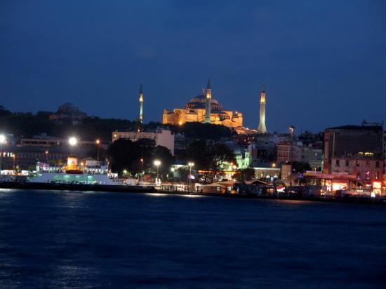 Den blå moské: Instanbul noaptea