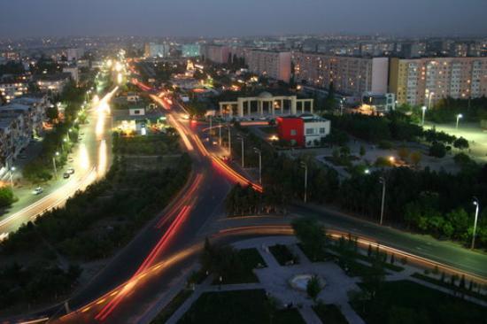 Сумгаит, Азербайджан: Sumgait-near Heydar Aliyev park.