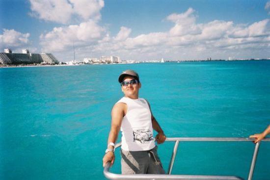 Water Sports In Cancun: cancun Mexico