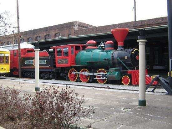 Quality Inn & Suites: The real Chatanooga Choo Choo