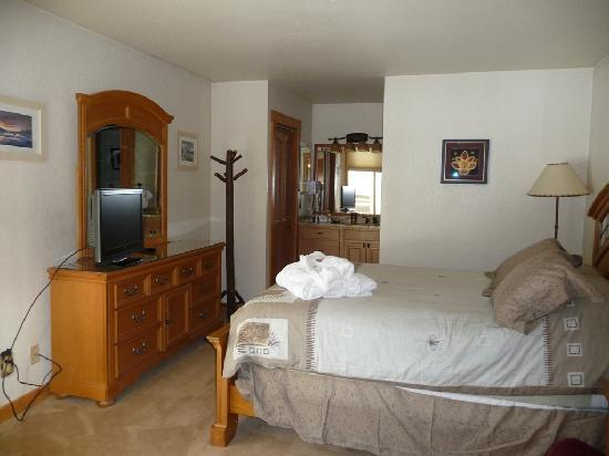 The Lodge At Steamboat: Unit A109 Bedroom
