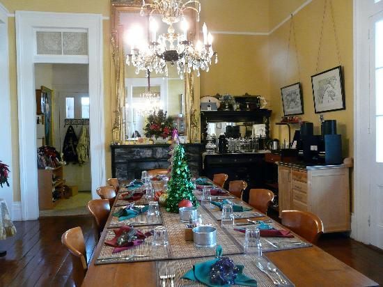 Ashton's Bed and Breakfast : Dining Room