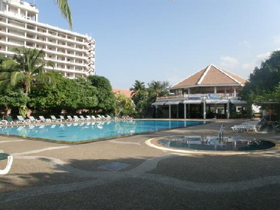 Patong Resort: Garden Pool