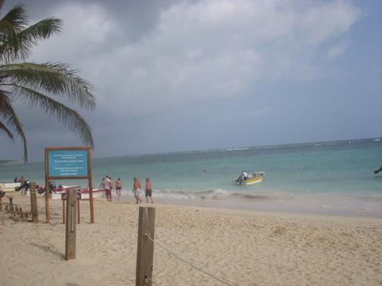 Ocean Blue & Sand: our beach