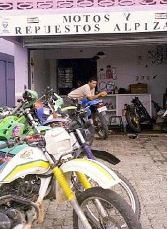 Alajuela, Costa Rica: Motorcycles