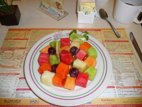 Panama: Small Fruit Plate
