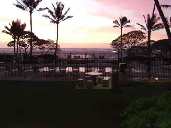 WorldMark at Kapaa Shores: another sunrise which we could see from our room
