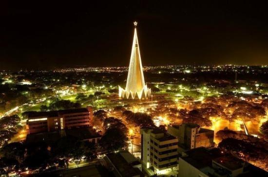 Maringa, PR: The Cathedral at night