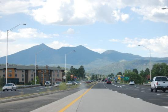 Main Rd Entering Flagstaff, AZ