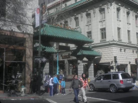 All About Chinatown Tours: solo pasando por Chinatown