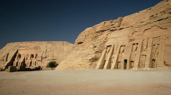Abou Simbel : Abu Simbel.