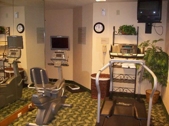 Home Towne Suites - Montgomery: Tiny gym