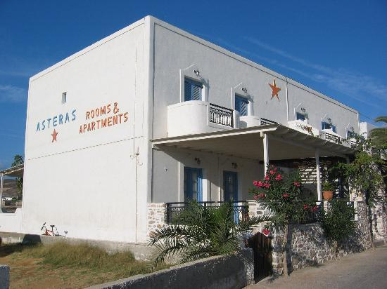 Asteras: The hotel