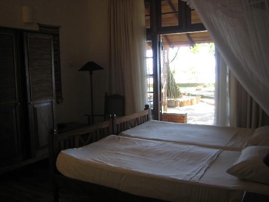 Barberyn Reef Ayurveda Resort: Zimmer