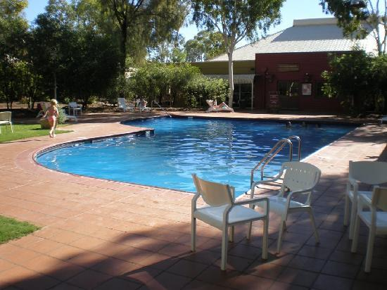 Outback Pioneer Hotel & Lodge, Ayers Rock Resort: Pool