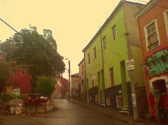 Historic Quarter of the Seaport City of Valparaiso : Subida Cumming - Plaza el Descanso