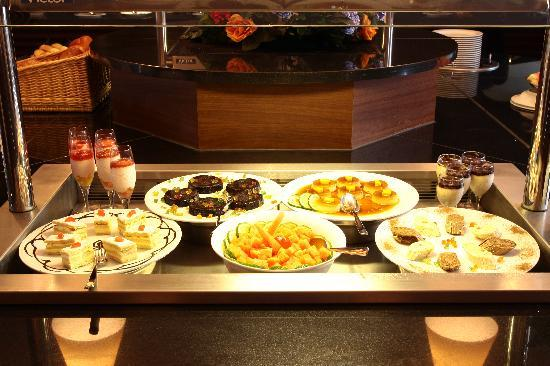 Golden Tulip Festac Lagos : Breakfast Buffet