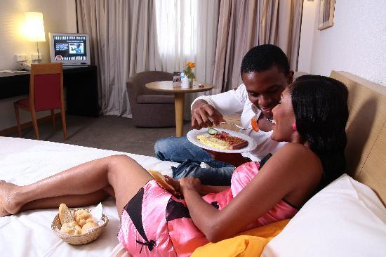 Golden Tulip Festac Lagos : Comfort Room