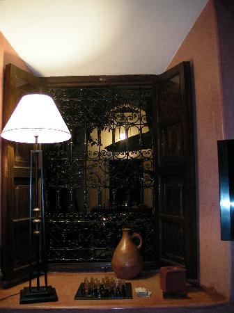 Riad Dar Dialkoum : un des salons du riad